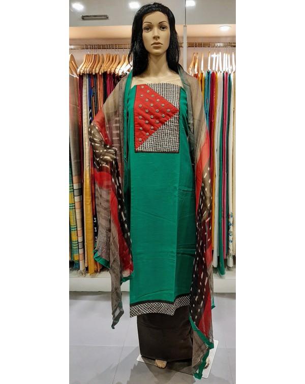 Handworked cotton salwar set.