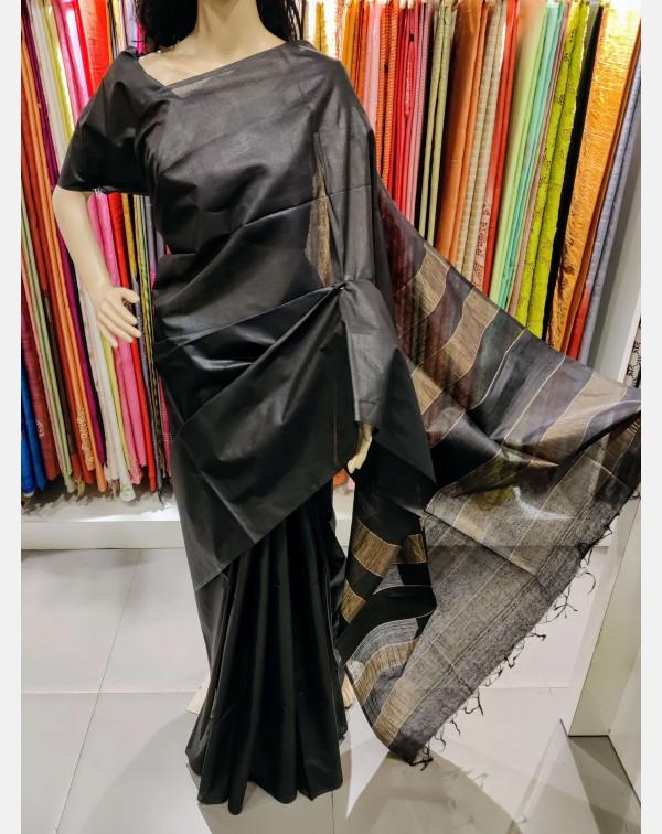Black Tussar silk saree with Jerry weaved pallu