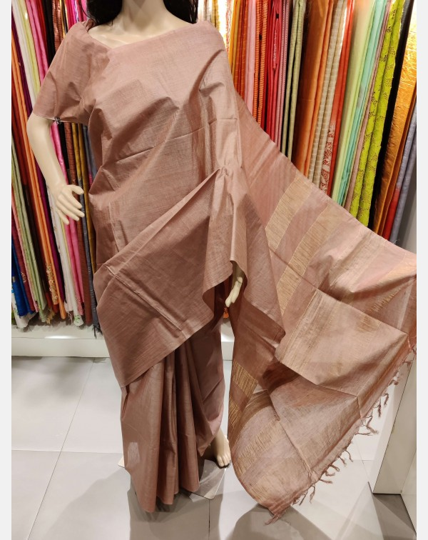 Dusty pink Tussar silk saree with Jerry weaved pal...